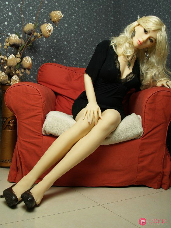 Blondie 165cm sex doll - 3