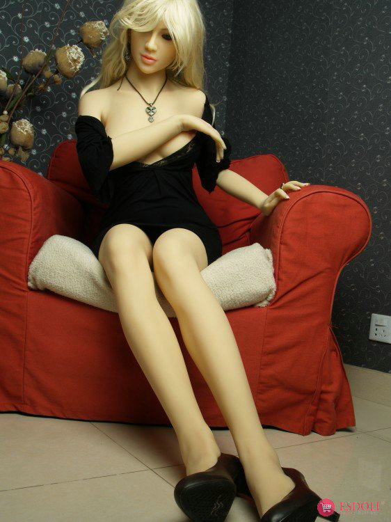 Blondie 165cm sex doll - 4
