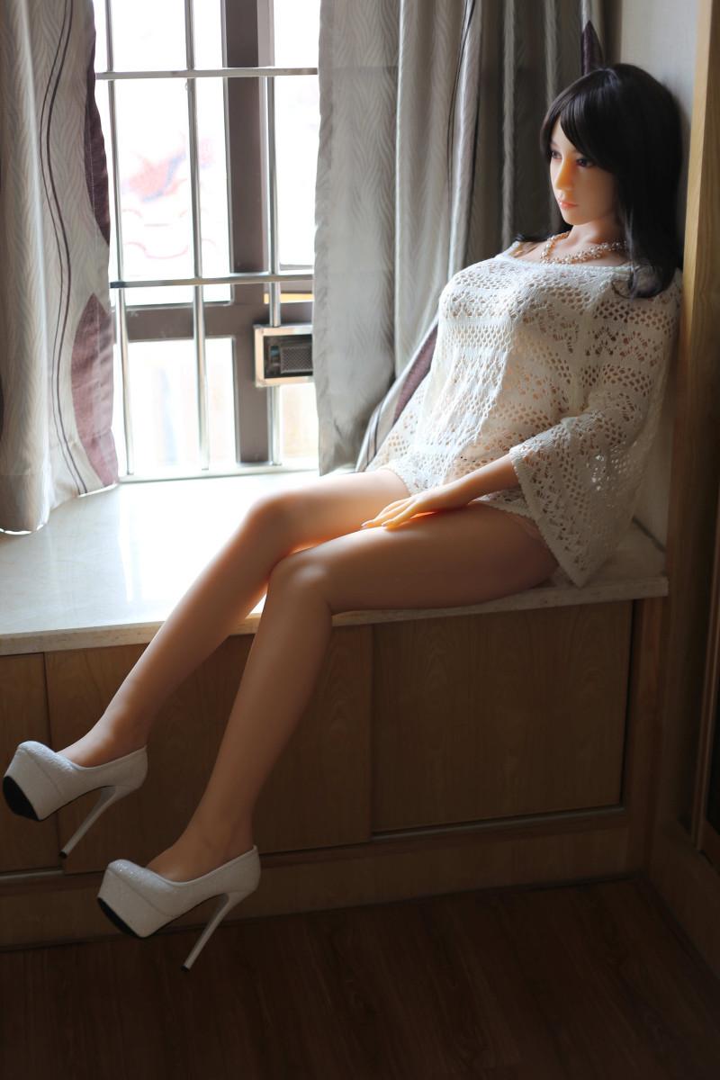 Mariah 158cm doll - 2