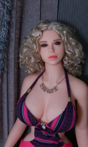 Nadia 165cm sex doll