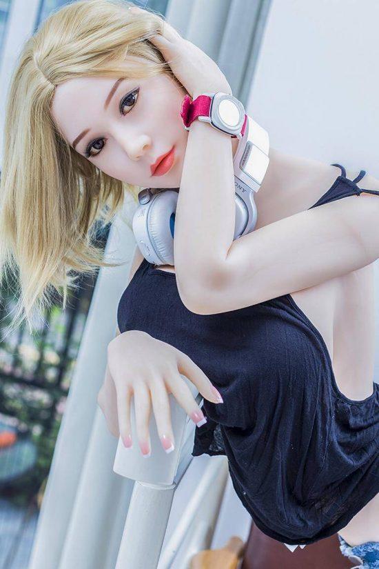 168cm-Valentina-sex-doll-4