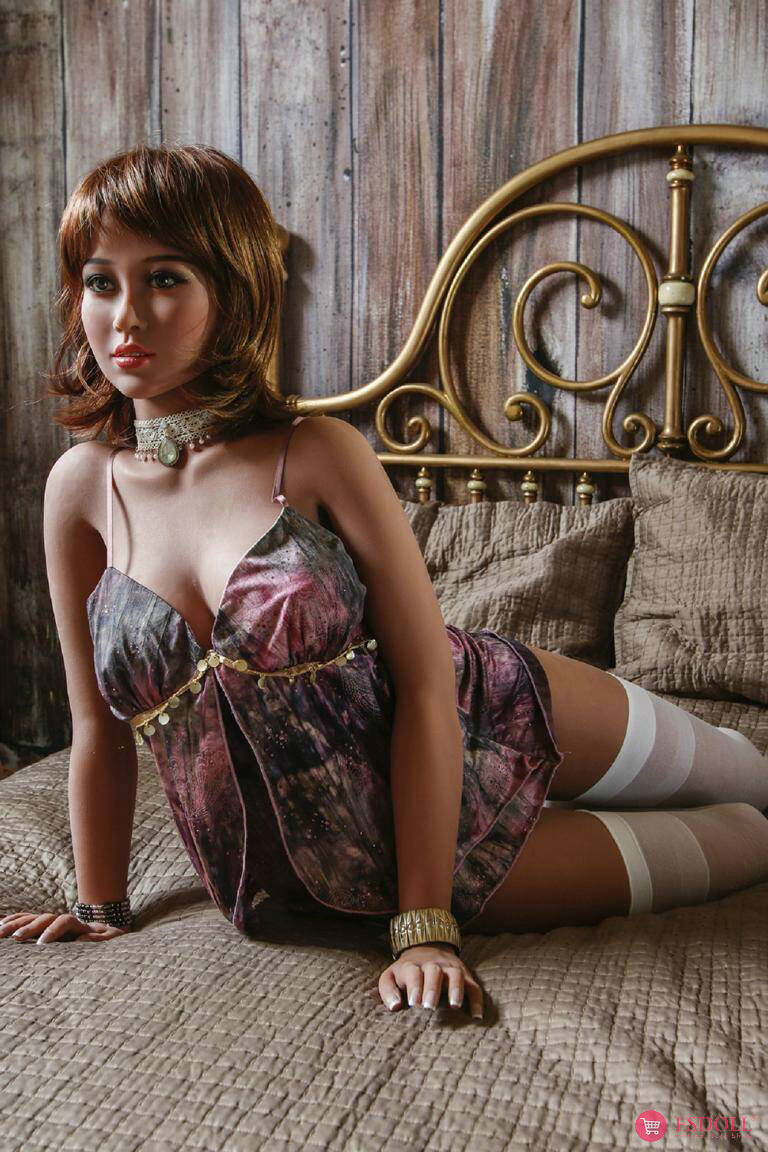 170cm-Ariana-sex-doll-3