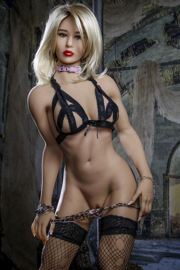 amanda-168cm-powerful-appearance-luxury-silicone-dolls-4