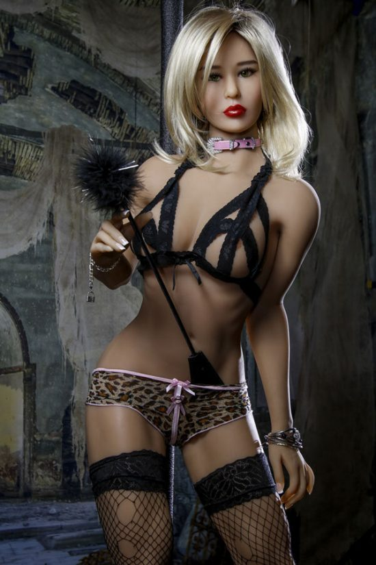 amanda-168cm-powerful-appearance-luxury-silicone-dolls-6
