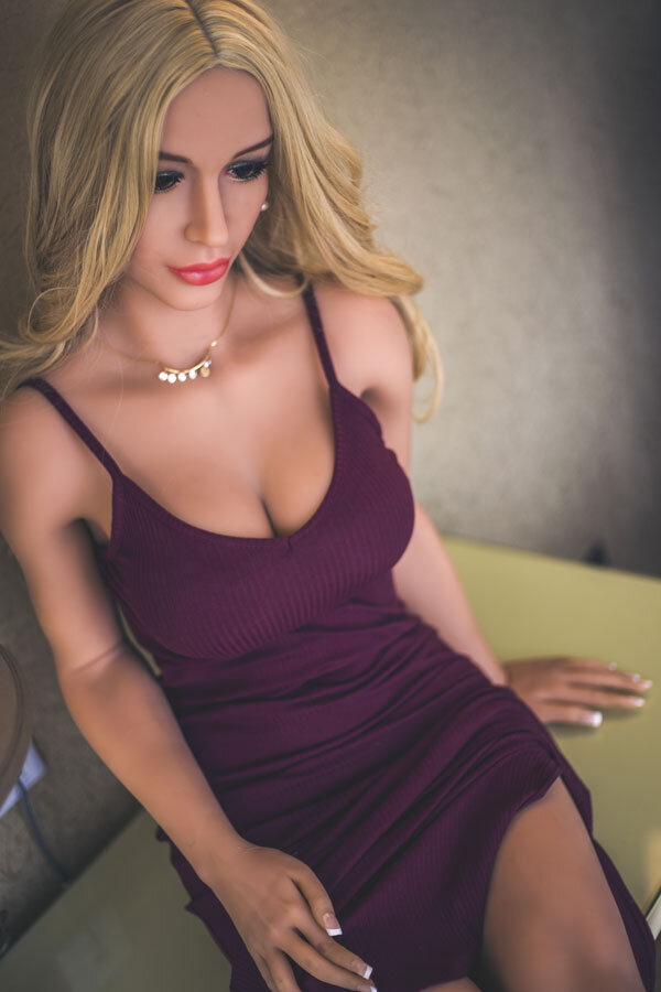 isabella-165cm-blonde-haired-doll-8
