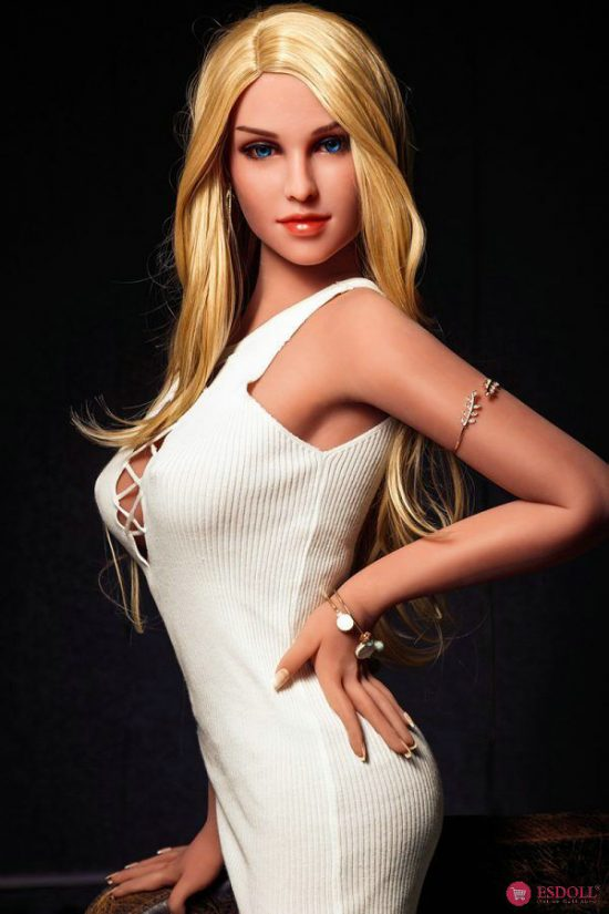 Life Like LoveDoll Elegant Blonde Sex Doll 158CM (1)