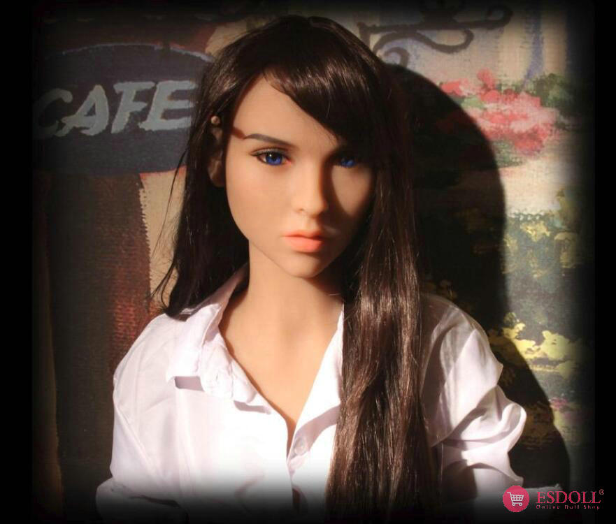 guests-share-photos-of-doll-life-to-esdoll-16