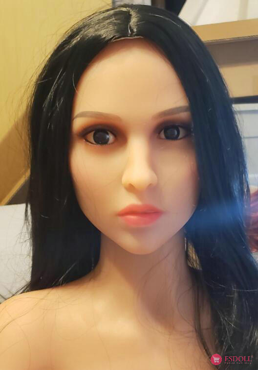 guests-share-photos-of-doll-life-to-esdoll-19