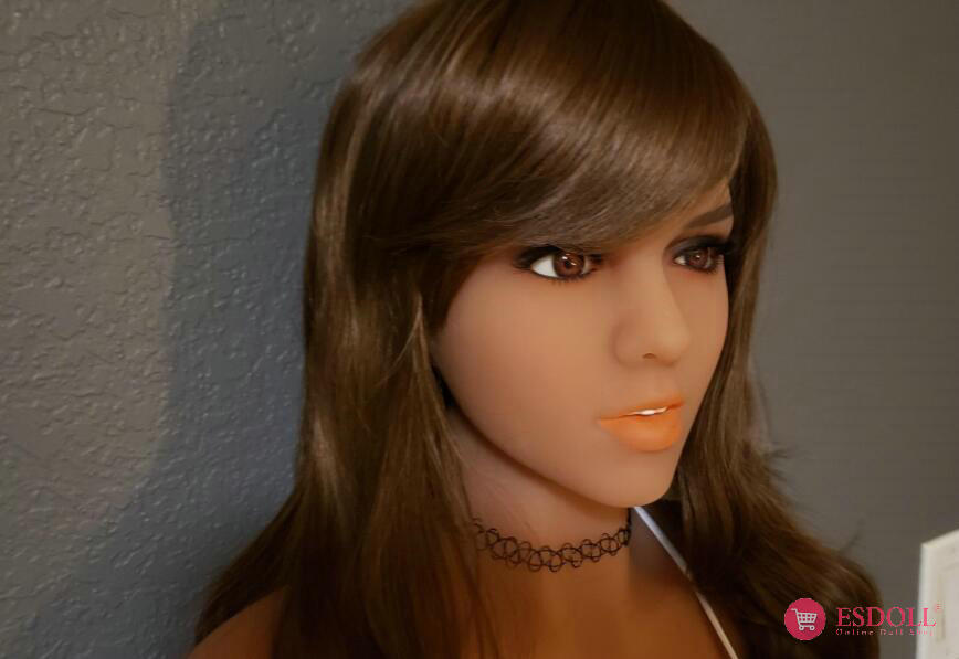 guests-share-photos-of-doll-life-to-esdoll-22