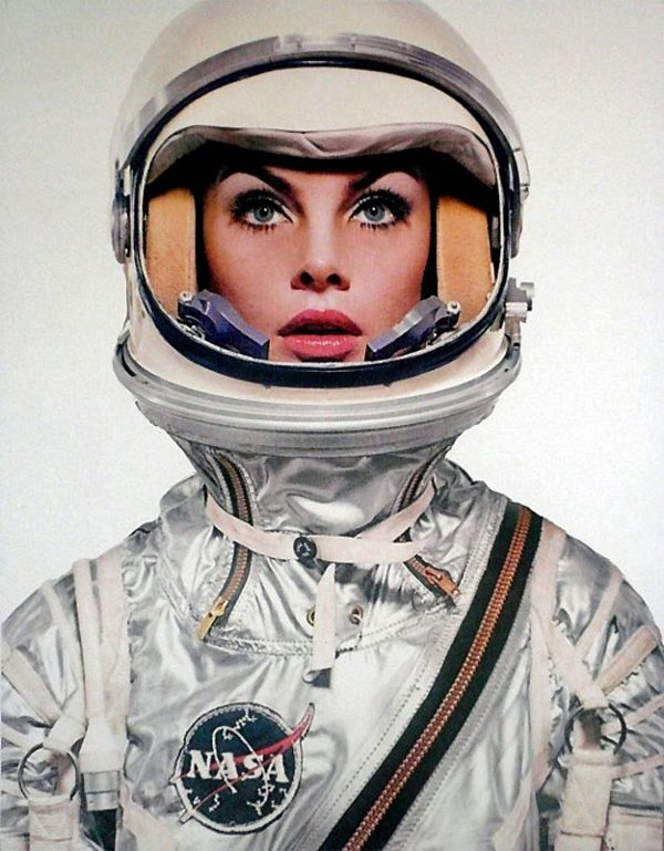 astronaut-woman-sex-doll