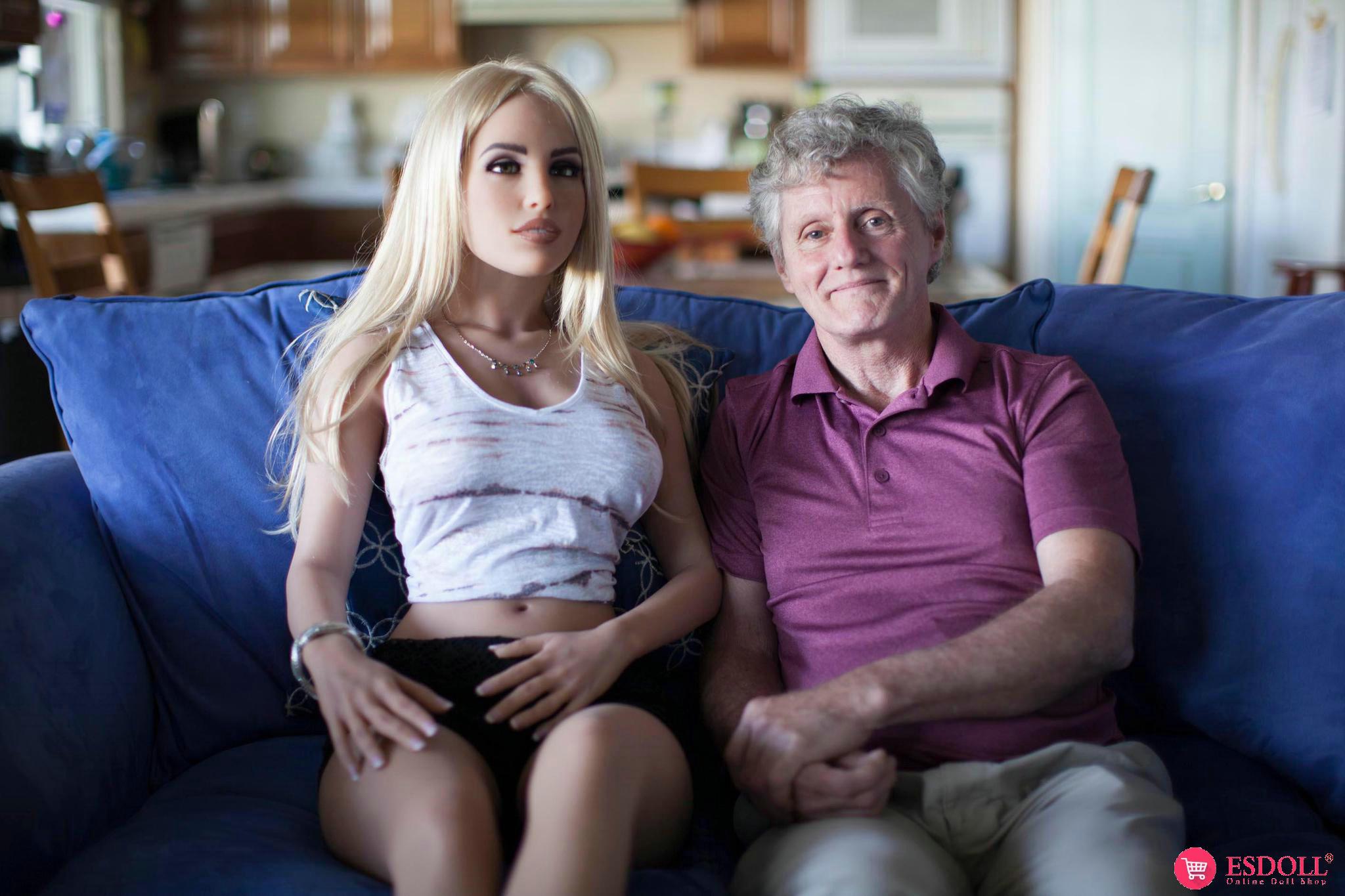 sex-dolls-health-benificat-lonely