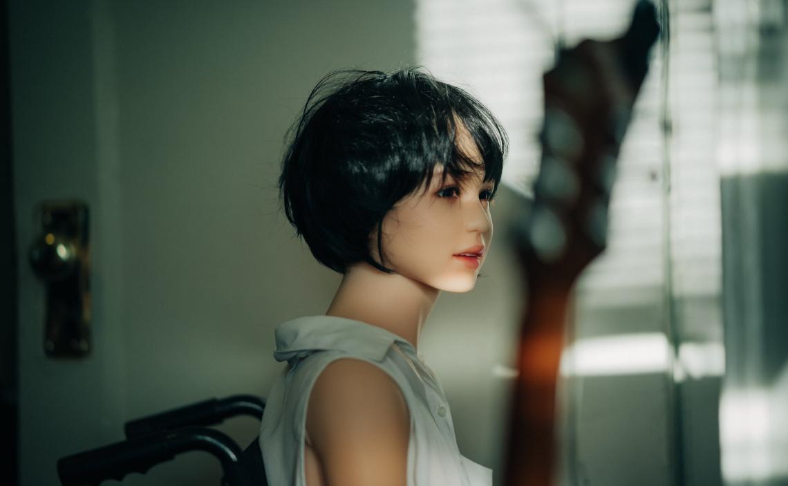 photographer-june-korea-explores-life-with-sex-dolls-2